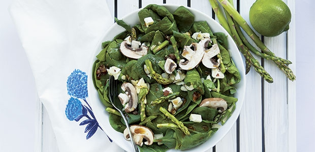 Meatless Monday: Zesty Lime, Spinach, and Asparagus Salad